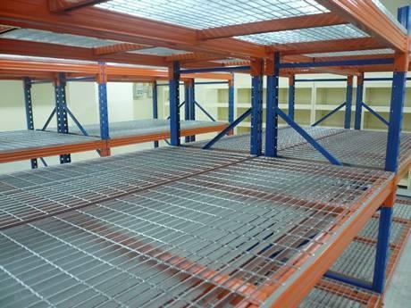 welded-steel-grating-shelf